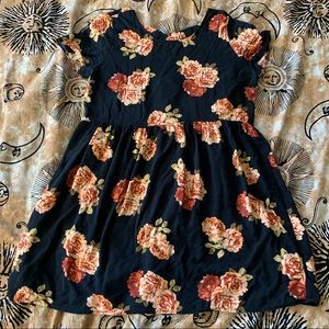 Rose Print Babydoll Dress Size Small
